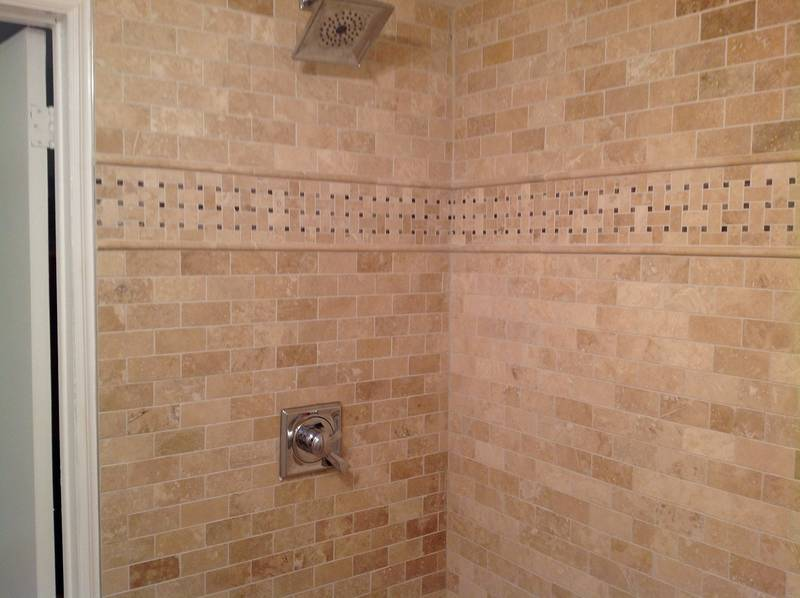 Bathroom Shower in Marble Mosaic Tile