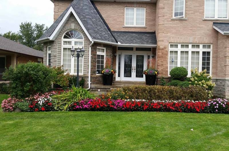Complete lawn and garden services including annuals planting
